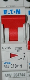 eaton disjoncteur pour tableau électrique Disjoncteur courbe C et courbe D