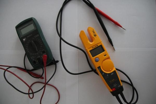 installation électrique appareil de mesure résistance défaut d'isolement