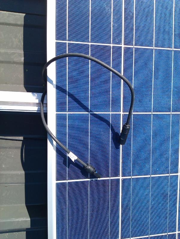 Connecteurs panneaux photovoltaiques