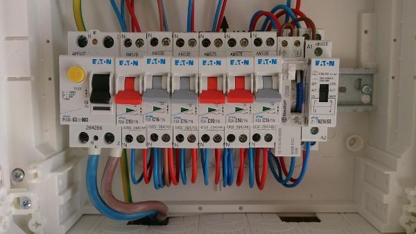 Raccordement du chauffe eau dans le tableau électrique divisionnaire