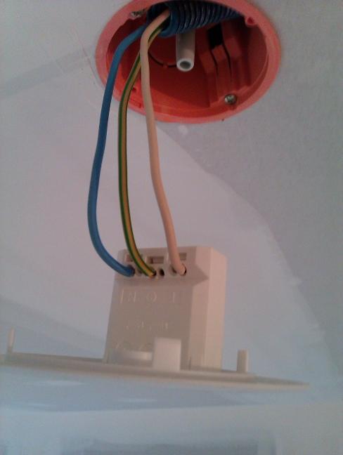 Installer un dcl pour cloison s che - Installer un luminaire sur douille dcl ...