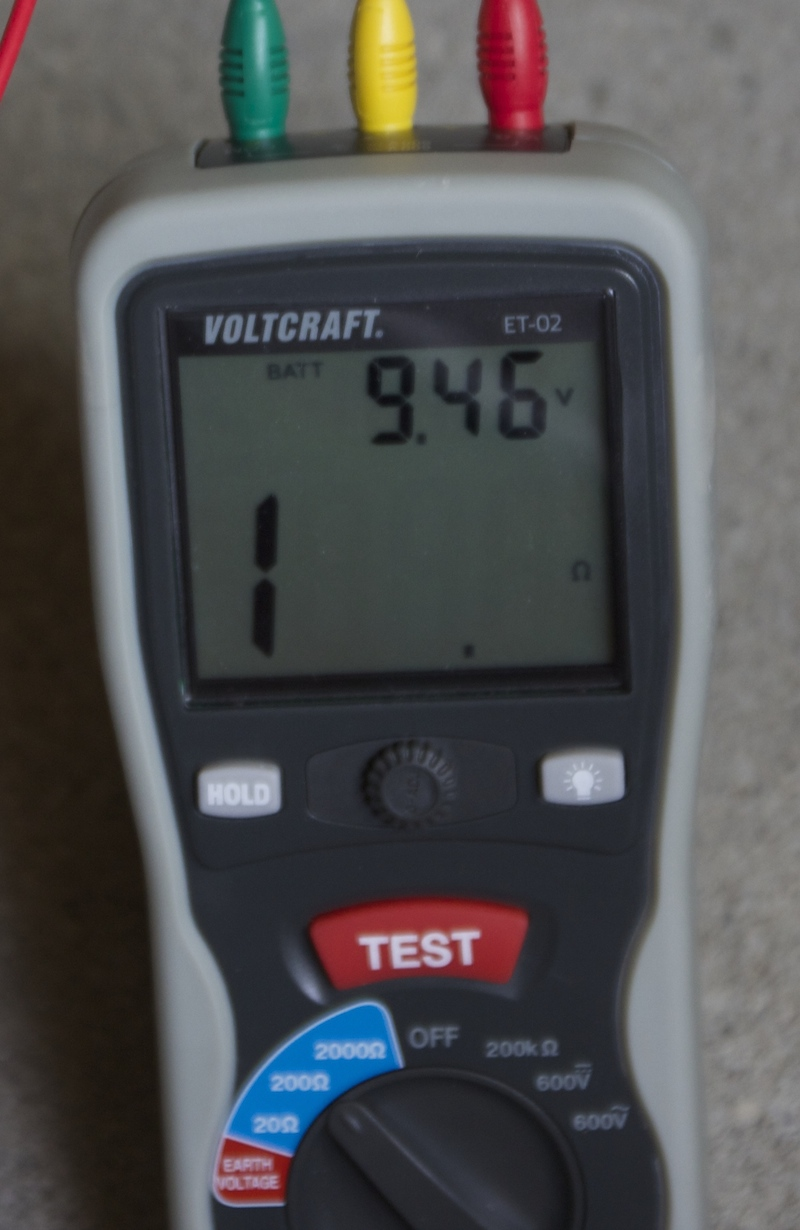 voltcraft et 02 un testeur de terre premier prix pour mesurer la r sistance de prise de terre. Black Bedroom Furniture Sets. Home Design Ideas