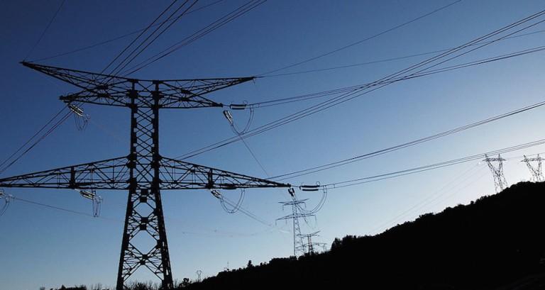 Pourquoi l'électricité est transportée en Haute tension