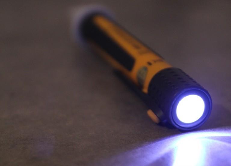 Stylo testeur détecteur de tension CA 732: Test et avis