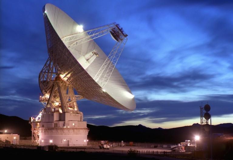 Le schéma électrique et le branchement du détecteur de mouvement infrarouge IR
