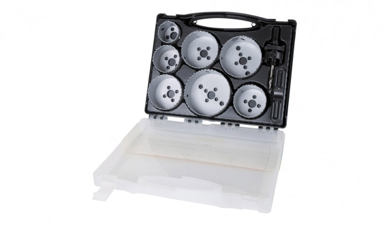 Scie cloche et scie à guichet: les outils de l'électricien pour le placo