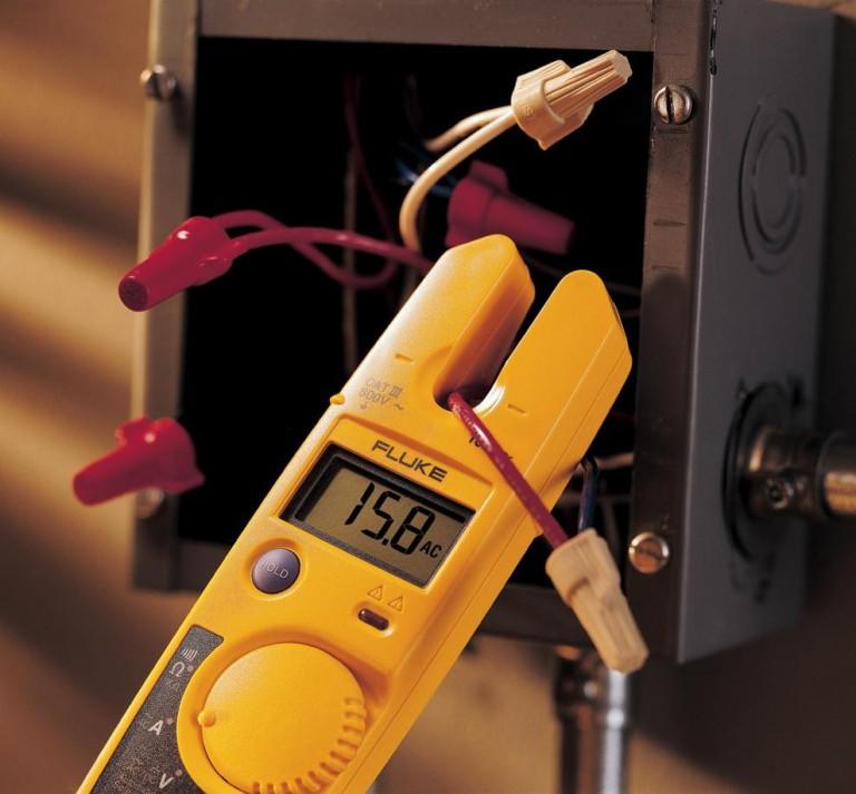 Testeur Fluke T5-1000: avis sur un multimètre professionel