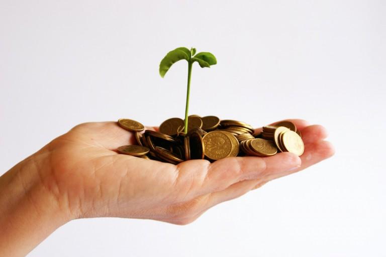Les investissements initiaux et les charges d'un électricien