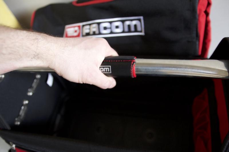 poignee transport caisse à outils facom BST20PG