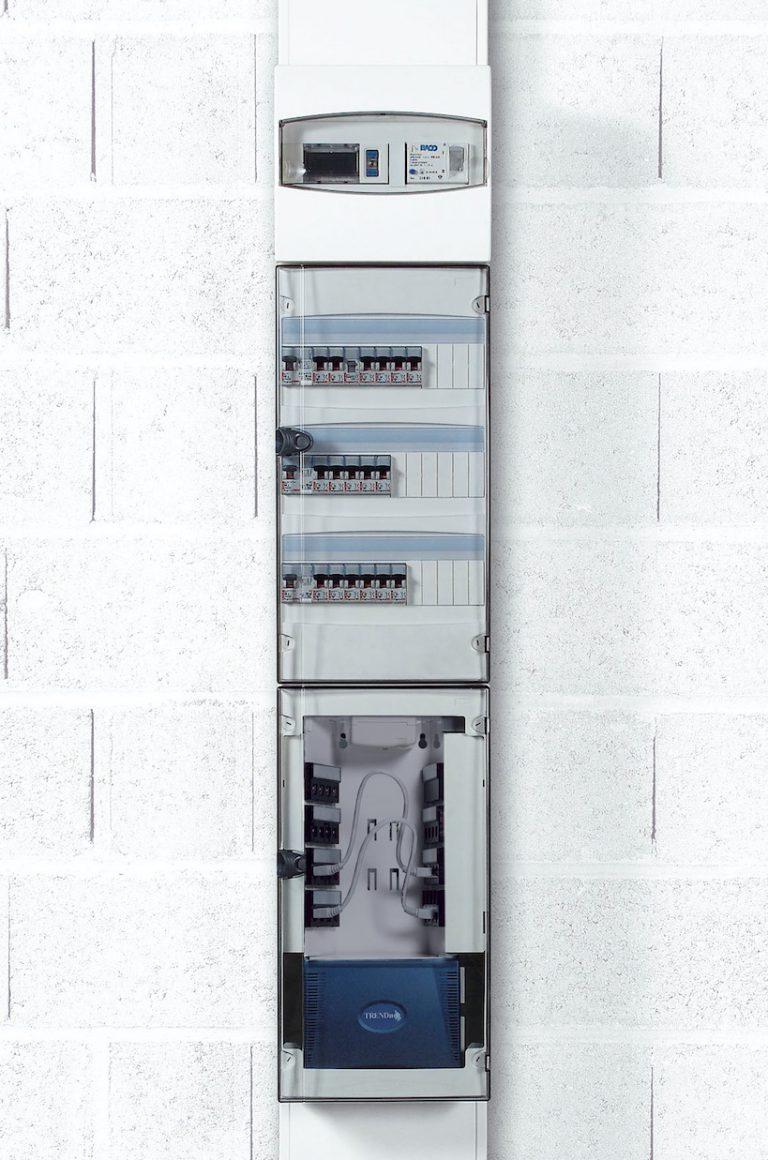 Goulotte GTL et tableau électrique: la méthode pour les fixer