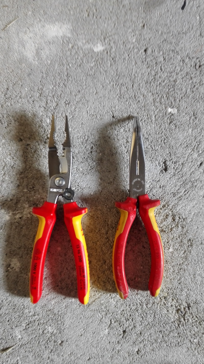 knipex 1396200 vs pince a bec 26 26 200