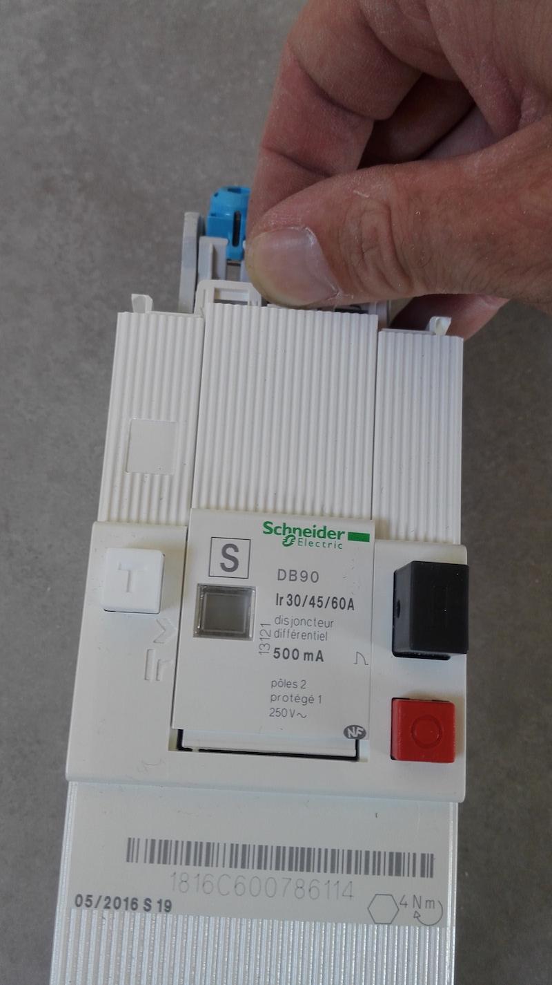 acces-reglage-disjoncteur-de-branchement