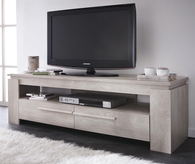 nombre de prises electriques pour meuble television