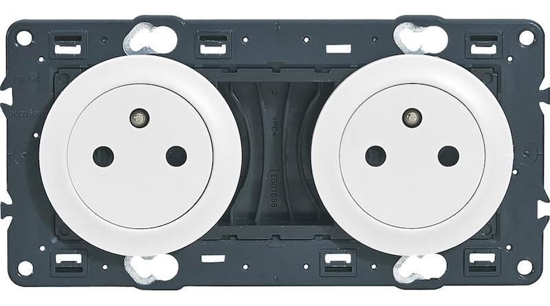 prises électriques double celiane blanc