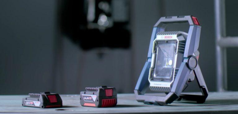 Projecteur de chantier LED  Bosch GLI 18V 1900: Et la lumière fut!