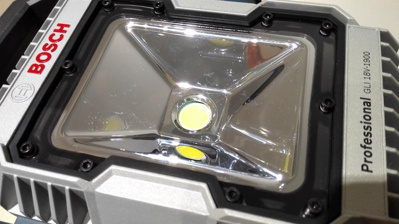 projecteur bosch gli 18v 1900 avis spot de chantier LED