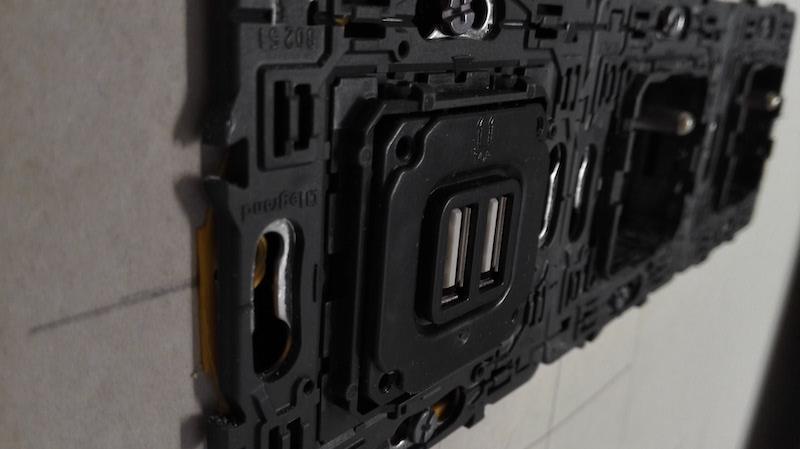 prise USB Legrand branchement électrique