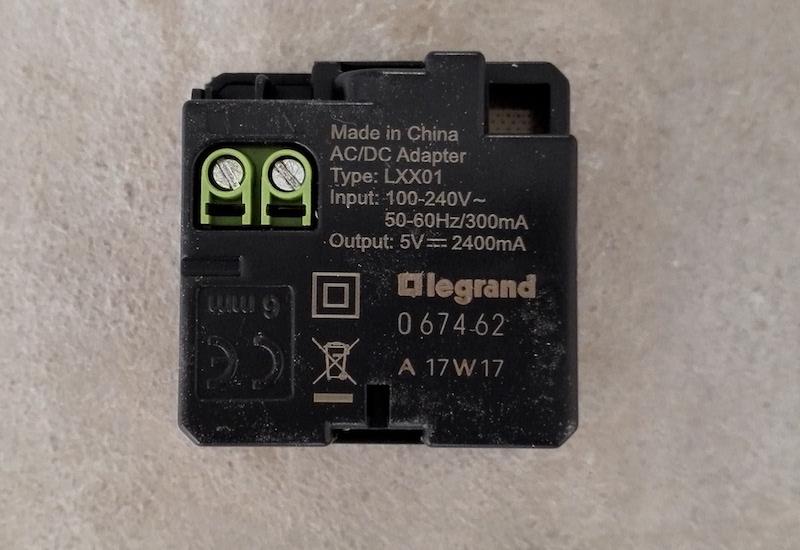 cablage prise USB murale Legrand 067462