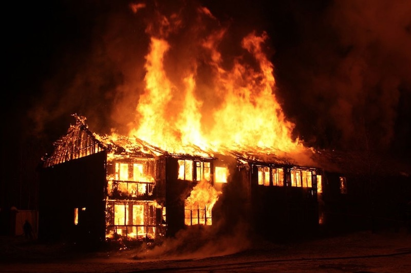 branchement électrique éclairage incendie maison