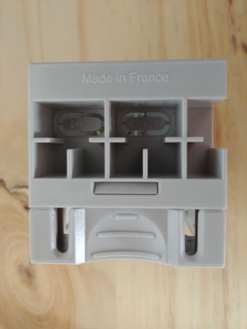 installer une prise de courant dans le tableau électrique