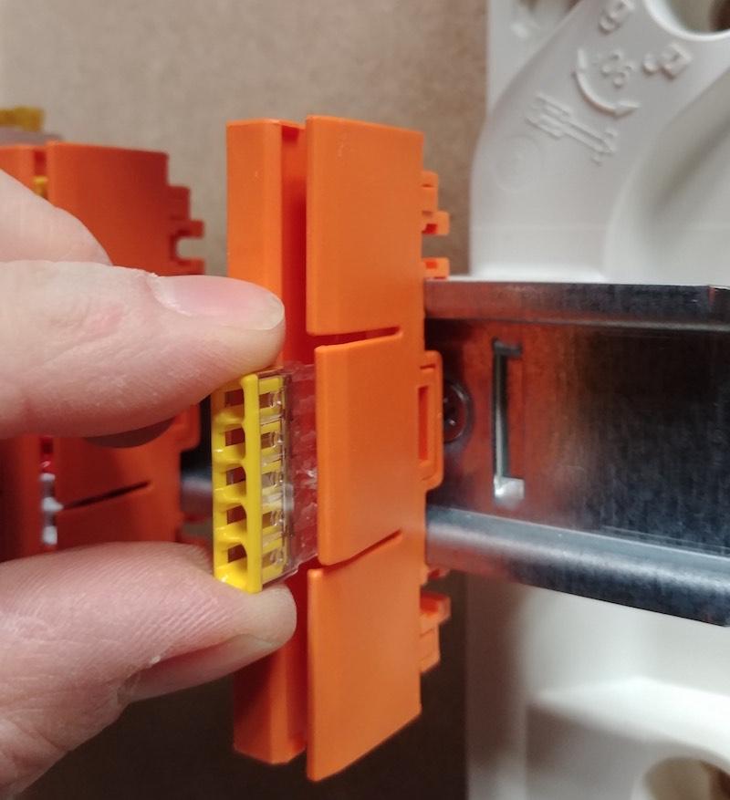test support wago orange pour tableau électrique