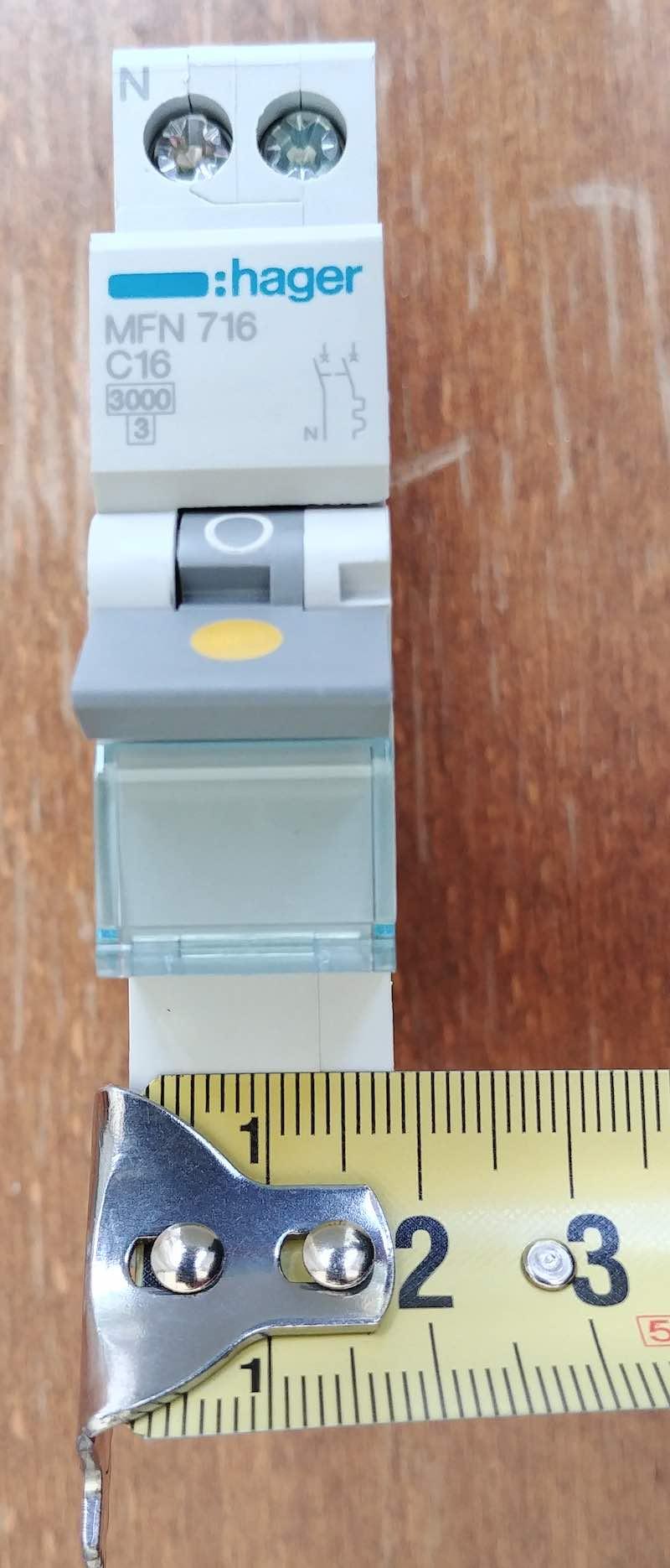 taille module disjoncteur 18mm