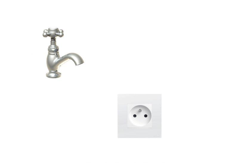 Distance prise électrique et robinet du lavabo, que dit la norme?