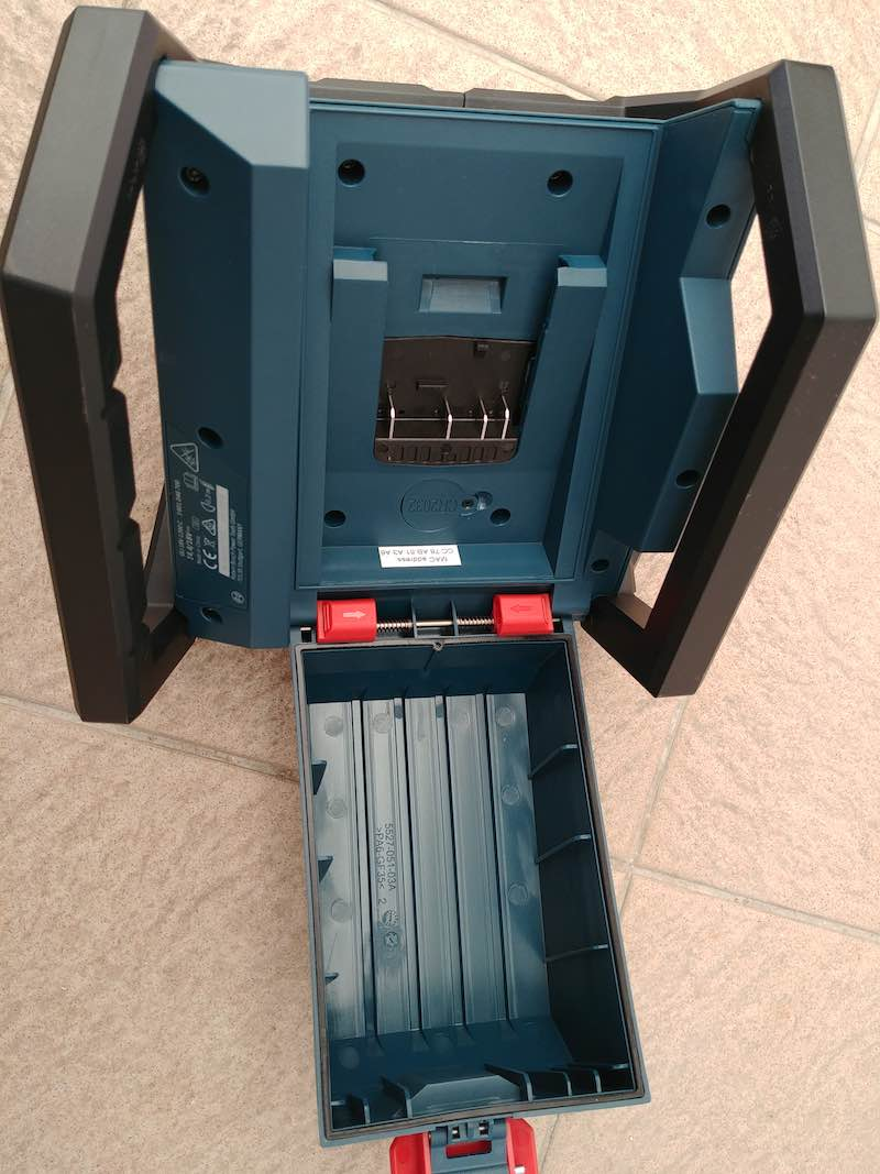 avis Projecteur Led Bosch GLI 18V 1200C