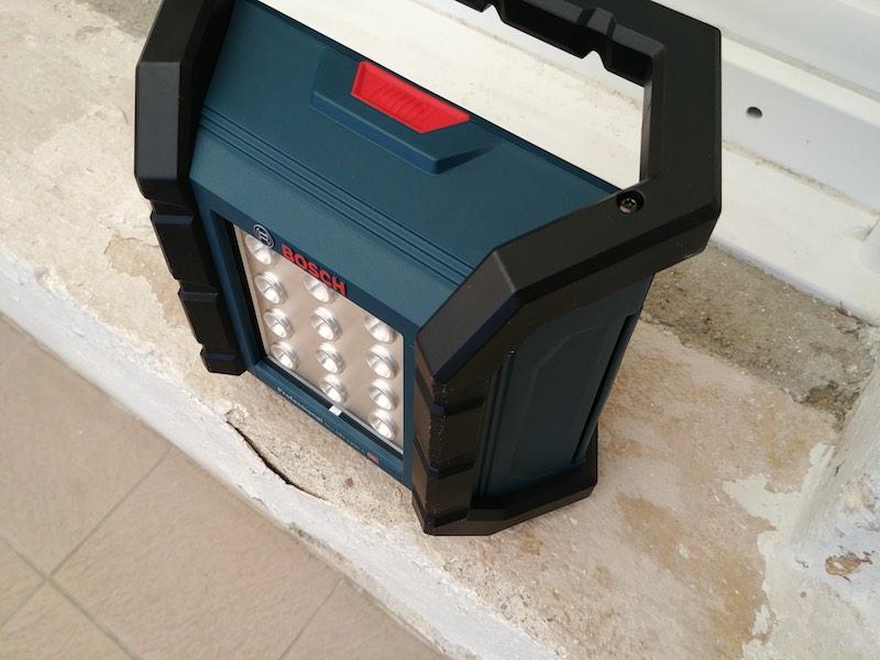 éclairage chantier projecteur à batterie 18V