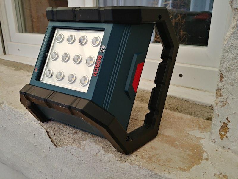 Projecteur Led Bosch position éclairage