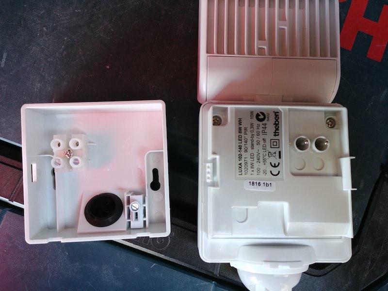 installation d'un Projecteur Led extérieur avec détecteur