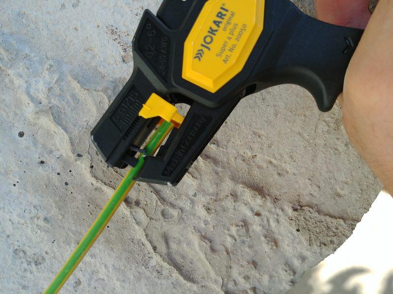 Jokari T20050 Pince a d/énuder automatique