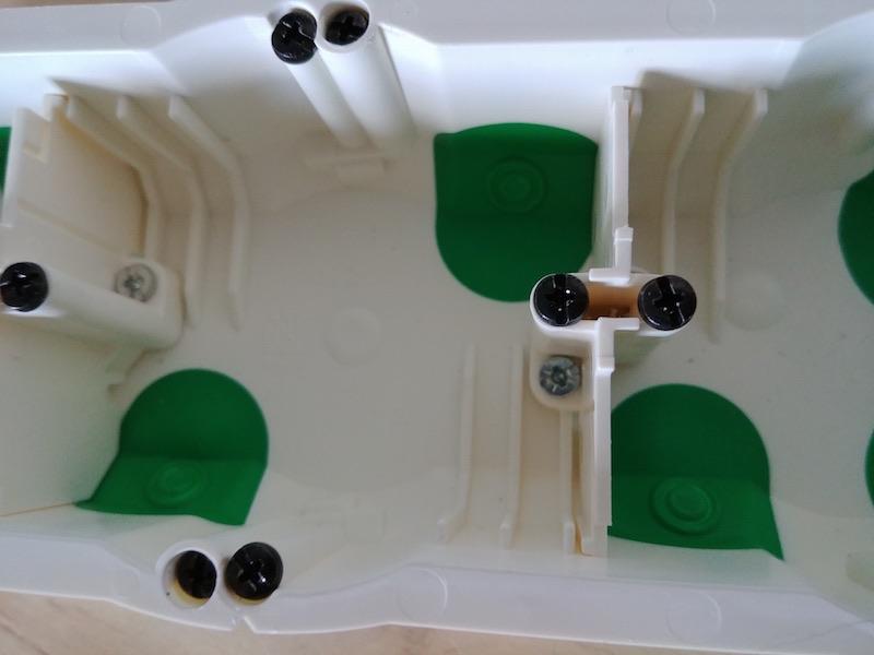 séparation boite électrique schneider electric BBC étanche à l'air
