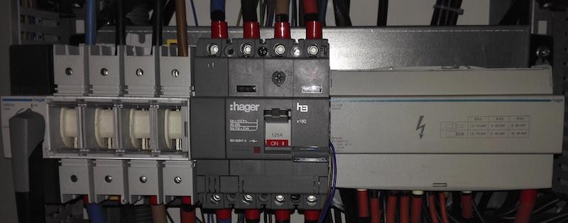 matériel installé en électricité industrielle
