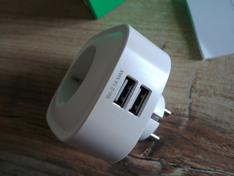 port USB prise électrique commandable à distance