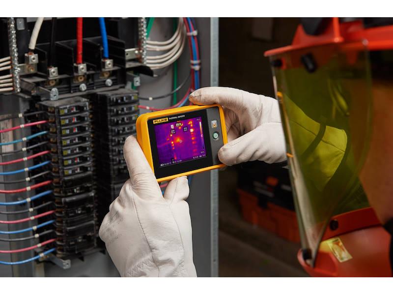 utilisation d'une caméra thermique pour les coffrets électriques industriels