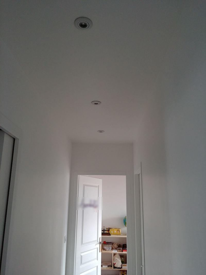 installation de spots en plafond