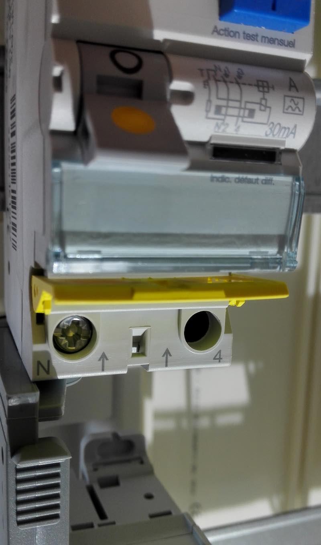 comment connecter l'interrupteur différentiel 30mA