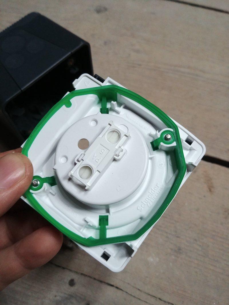avis électricien appareillage électrique Mureva de Schneider