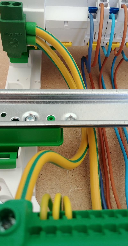 parafoudre type 2 Schneider Electric, connexion à la terre