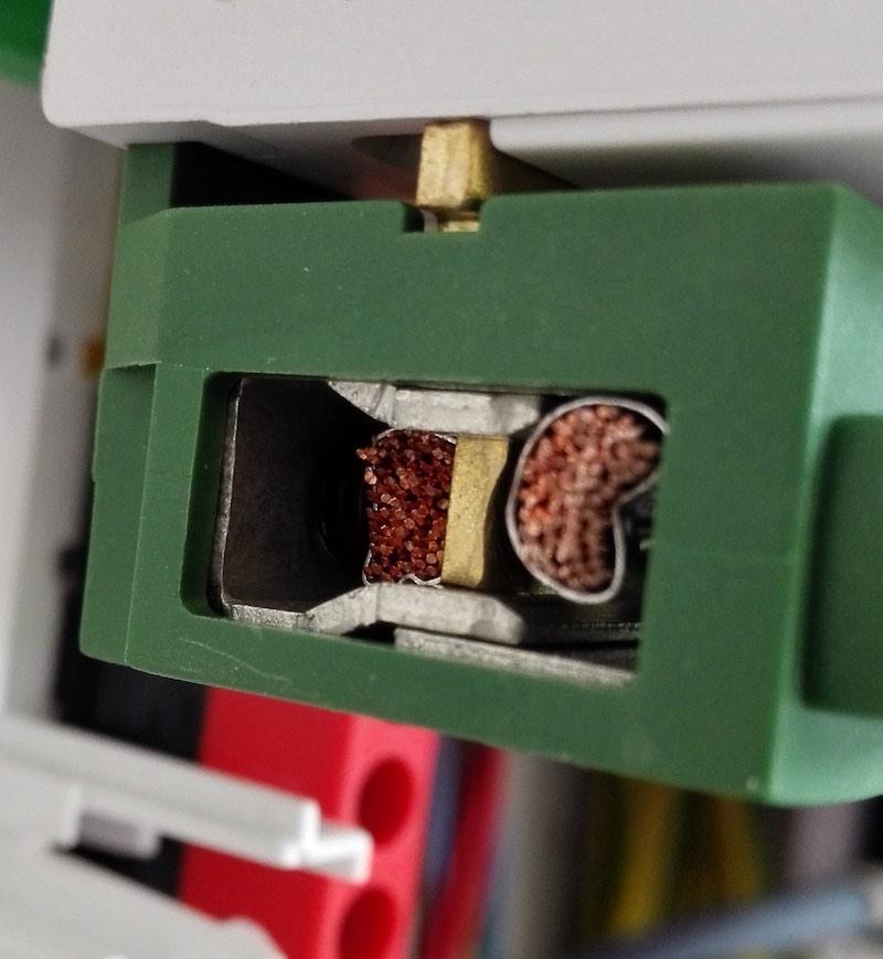 embout de cablage obligatoire pour du fil souple
